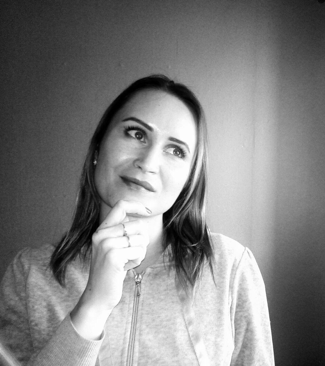 kate.mackarova2014
