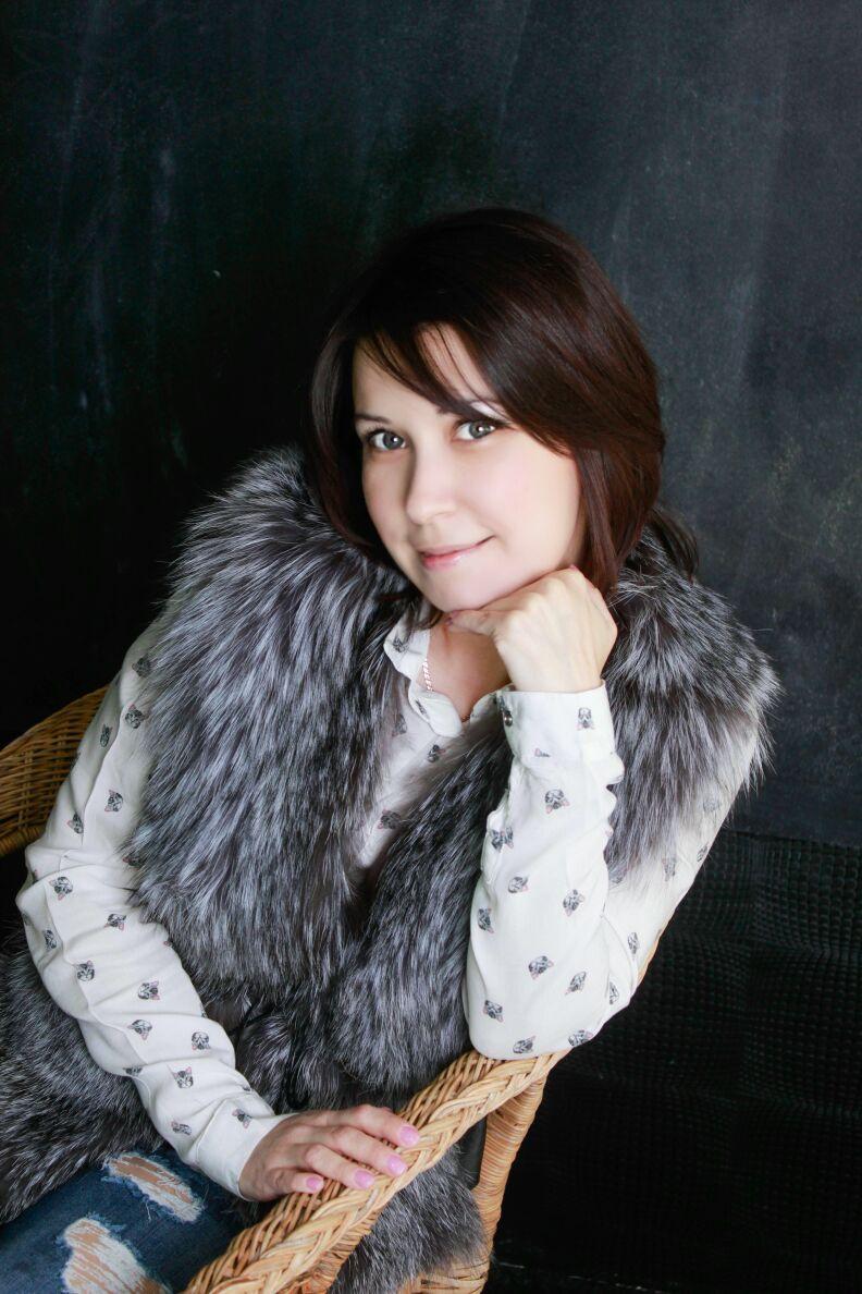 Столярова Елена